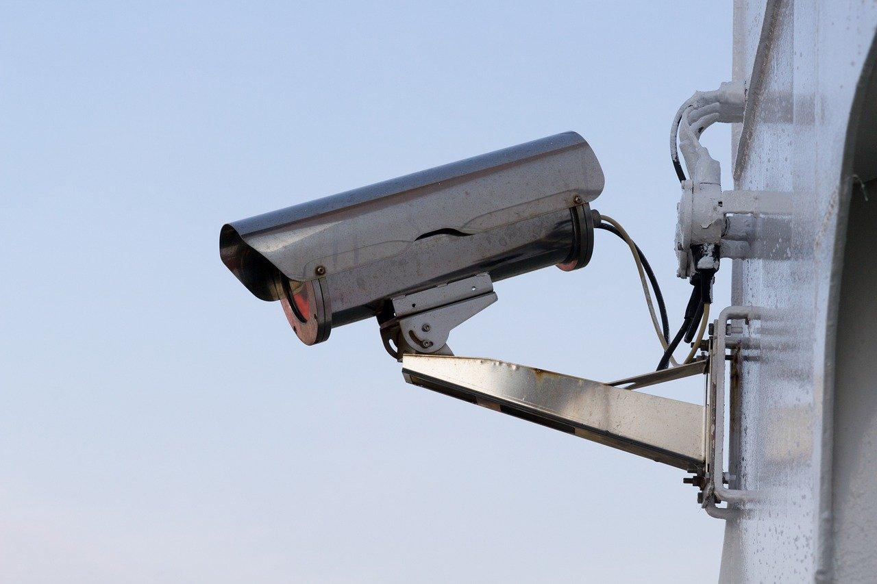 IP камеры и видеорегистратор находятся далеко друг от друга